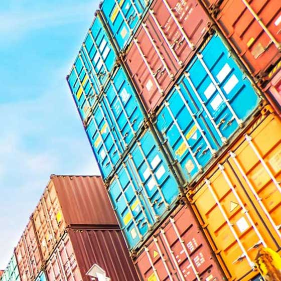 Simple maintenance and administration of tariffs and shipment costs